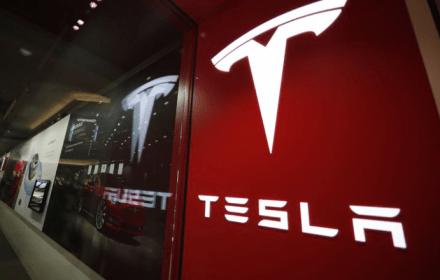 Tesla Plaid+
